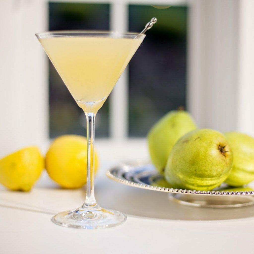 TIP FROM THE EXPERTS: CREATING THE PERFECT COCKTAIL MENU FOR WINTER WEDDINGS