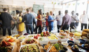 5 THINGS TO LOOK FOR WHEN ARRANGING PARTY CATERING